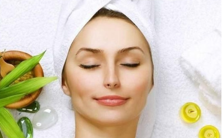 7 Effective home remedies for healthy and flawless skin